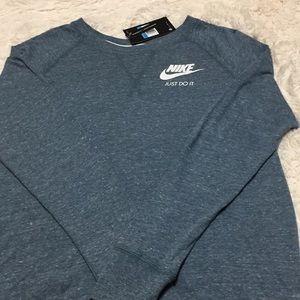 Nike Women's Long Sleeve Sweatshirt